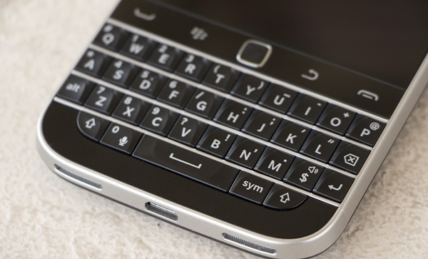 BlackBerry-Classic-Device-Keyboard.jpg