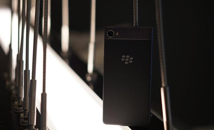 BlackBerry-Motion-teaser-1.jpg