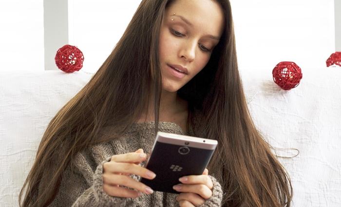 BlackBerry-Passport-SE-New-Year-08.jpg