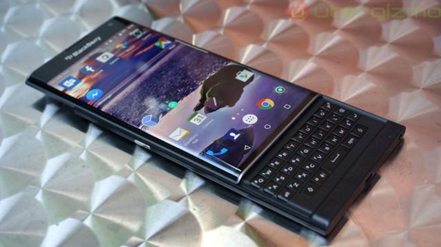 blackberry-priv-review_ubergizmo_05-640x359.jpg