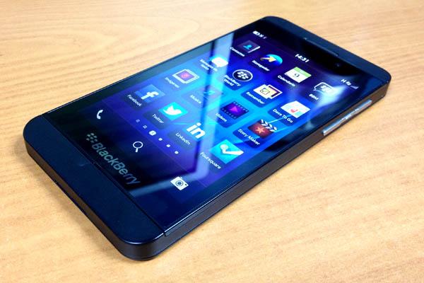 BlackBerry-z10-cu-tai-ha-noi.jpg