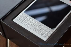 BlackBerry Passport phiên bản màu trắng