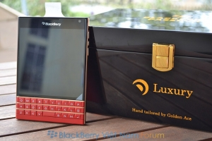 BlackBerry Passport 'Red - Gold' Edition mạ vàng 24K