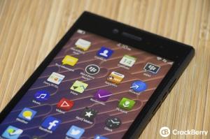 Hình ảnh đầy đủ BlackBerry Leap