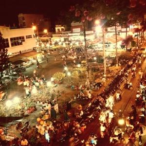 chợ hoa đêm 29