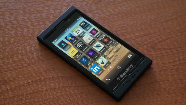 Chi tiết hơn về tính năng và giao diện BlackBerry 10 trên BlackBerry Dev Alpha B